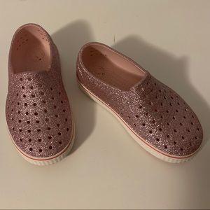 Natives Kids Girls size c 12 Pink Sparkle VGUC